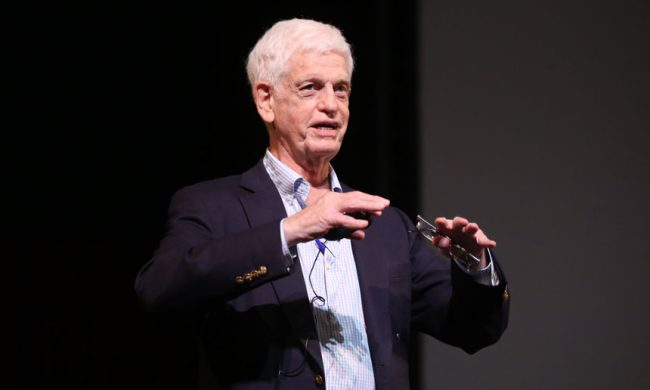 Mario Gabelli Offers Advice, Insights to First-Year Gabelli School Students