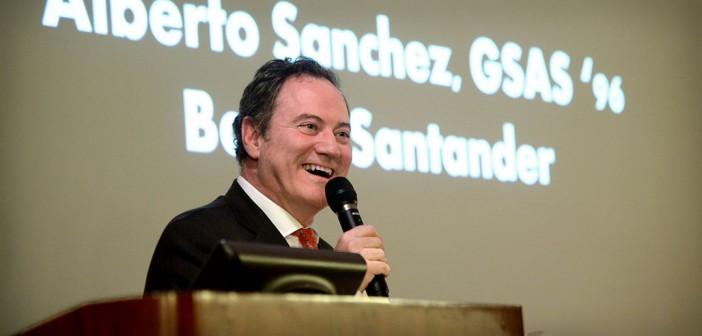 Alberto Sanchez, GSAS '96, spoke to Fordham University students during International Business Week.